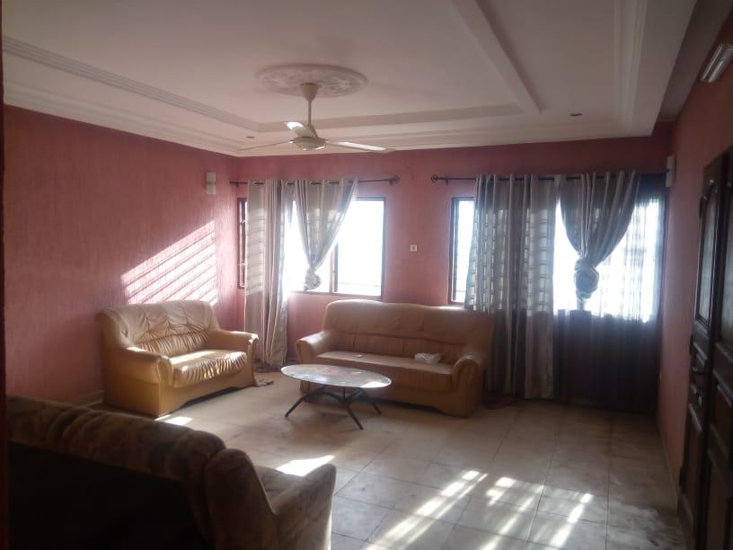 N° 5037 :                         Villa à louer , Be kpota, Lome, Togo : 250 000 XOF/mois