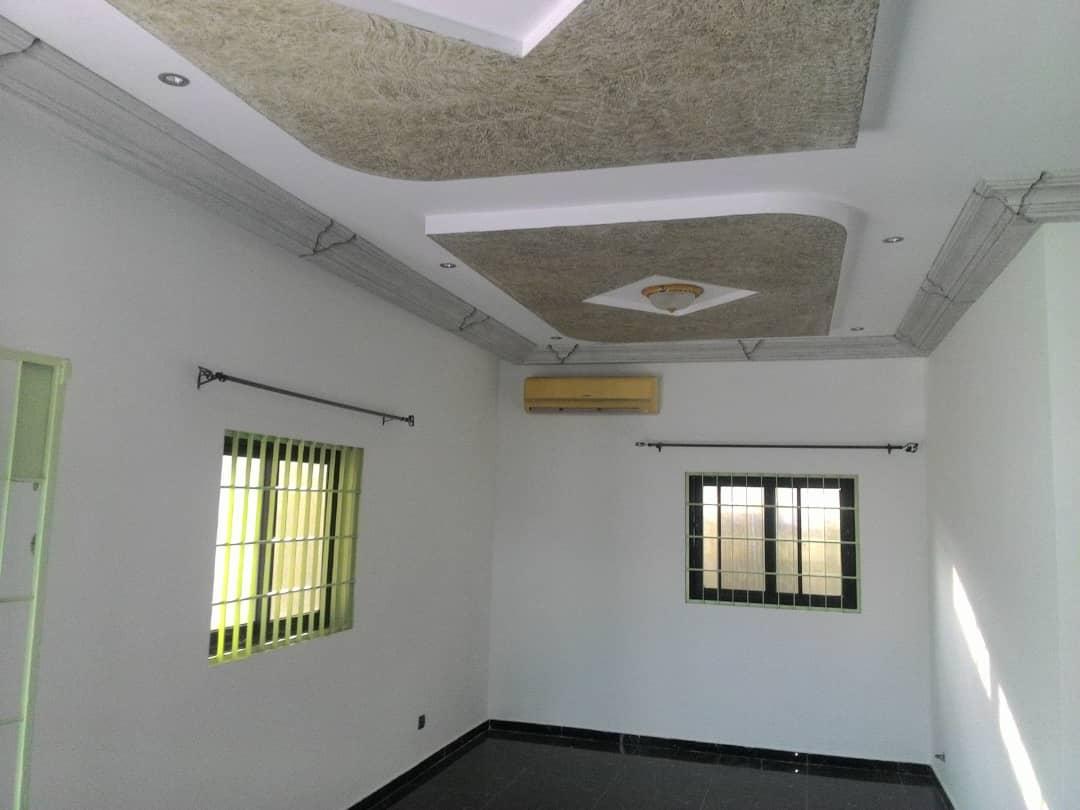 Villa à louer , agoe                          (ANOME PLATEAU)                     , Lome : 200 000 FCFA/mois