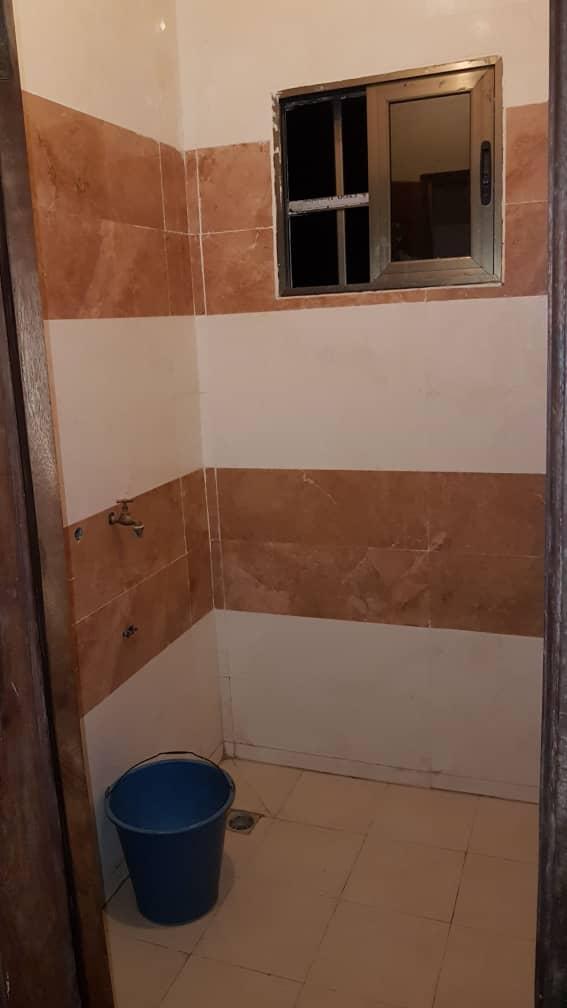 N° 4359 :                             Studio meublé à louer , Adidogome, Lome, Togo : 100 000 XOF/mois