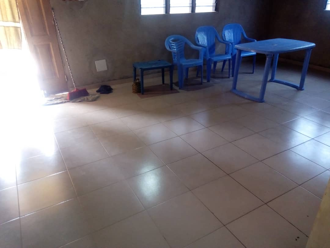 N° 4502 :                         Villa à vendre , Ananissime, Kovie, Togo : 11 000  000 XOF/vie