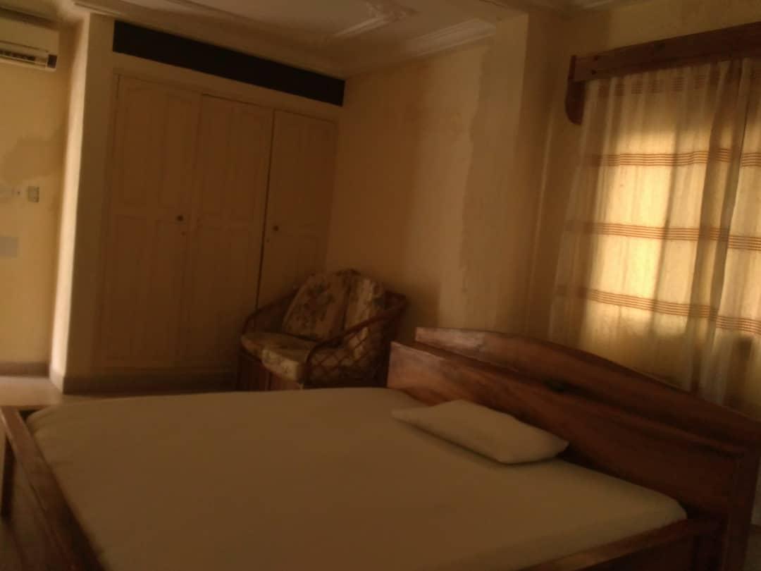 Studio meublé à louer , Lome, djidjole