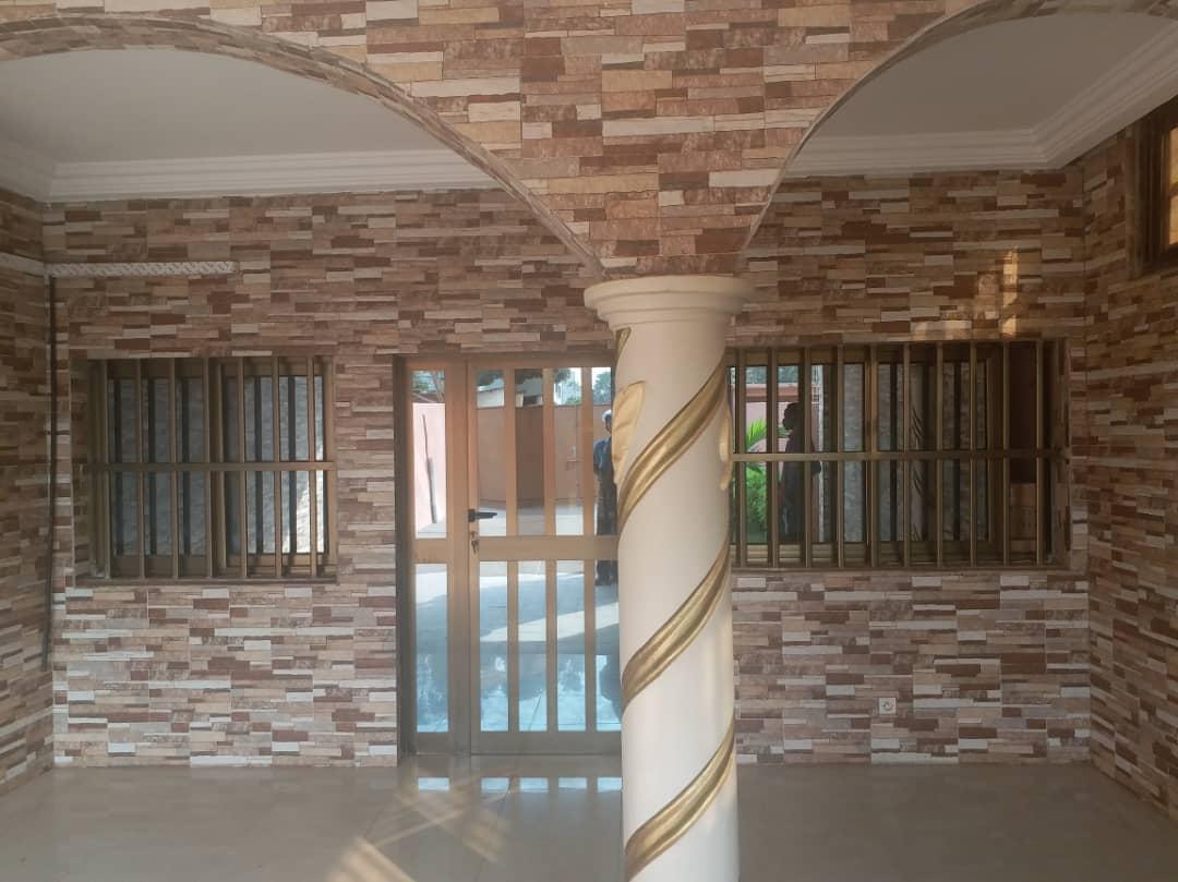 N° 4425 :                             Villa à louer , Attiegou, Lome, Togo : 300 000 XOF/mois