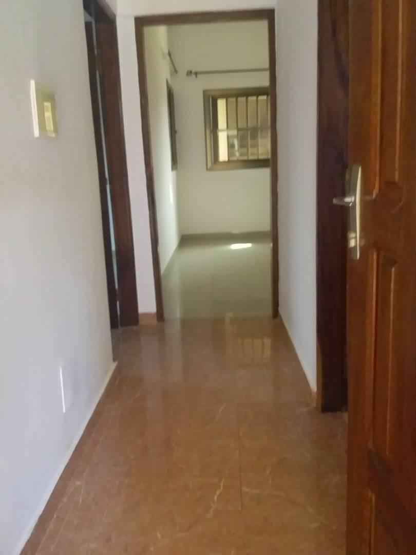 N° 4150 :                             2 chambres salon à louer , Zanguera, Lome, Togo : 45 000 XOF/mois