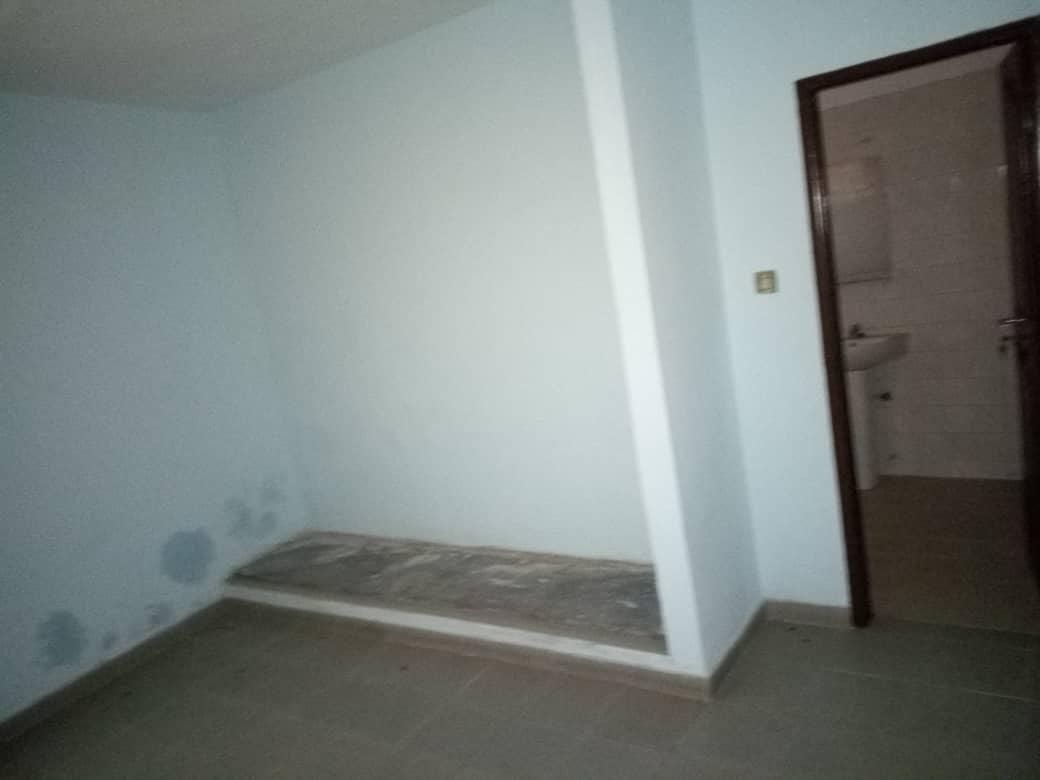 N° 4321 :                             Villa à louer , Nyekonakpoe, Lome, Togo : 450 000 XOF/mois