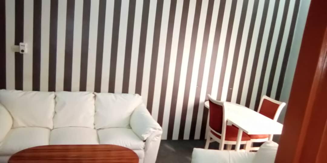 N° 4693 :                         Appartement meublé à louer , Adidogome wognome, Lome, Togo : 200 000 XOF/mois