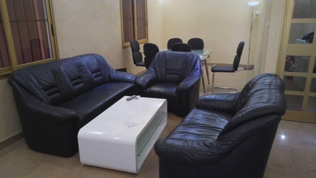 N° 4352 :                             Villa meublée à louer ,  baguida , Lome, Togo : 300 000 XOF/mois
